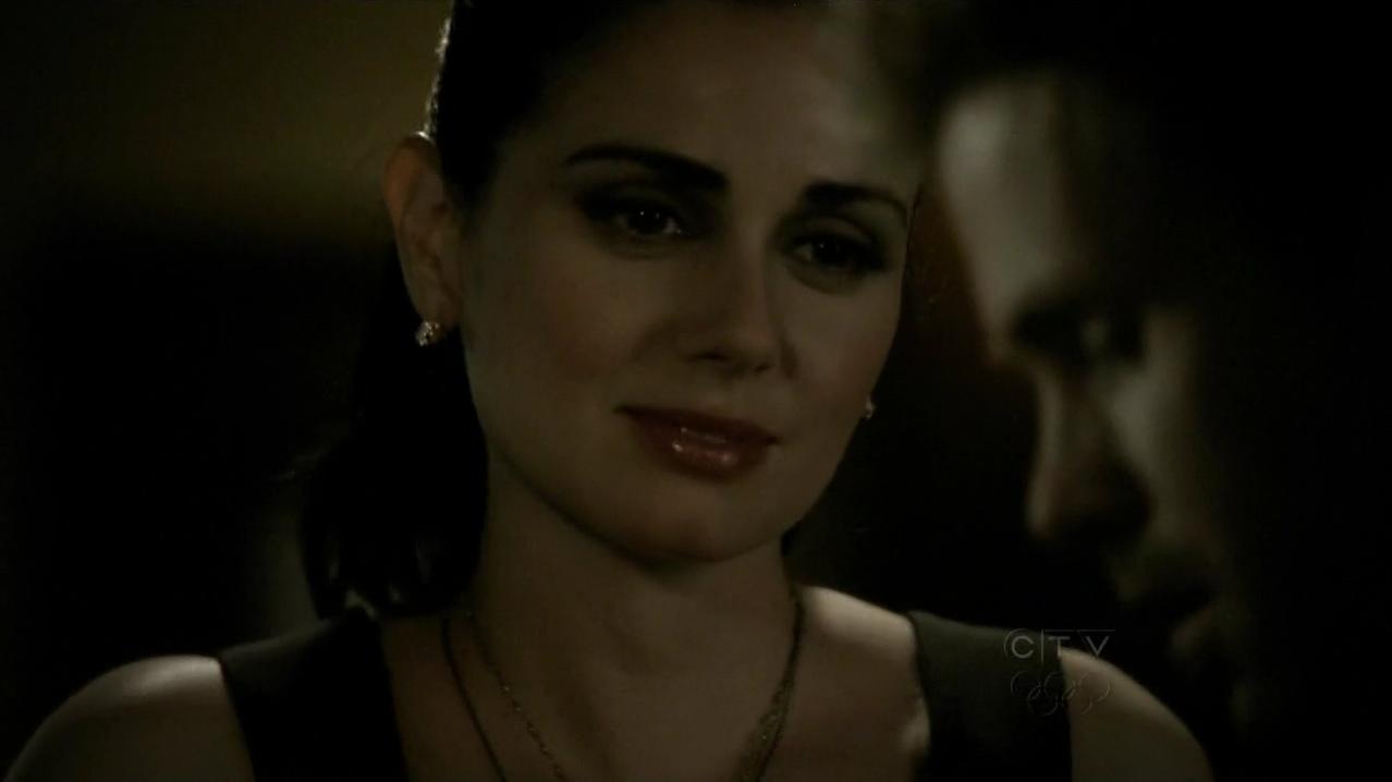 Recap That Noise: Vampire Diaries, 1.21 Isobel ...