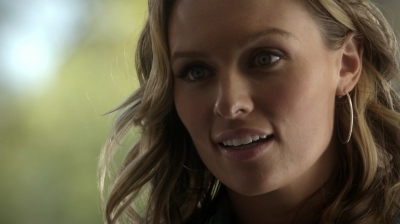 Michaela McManus as Jules