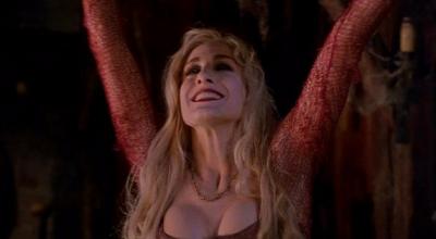 Sarah Jessica Parker as Sarah Sanderson