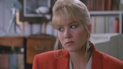 Christina Applegate as Sue Ellen Crandall