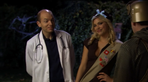 Andre as a doctor and Lanie as a Brownie
